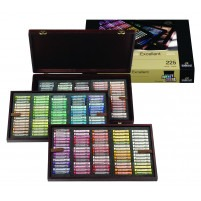 ARTISTS' BOX OF 203 REMBRANDT Rembrandt Soft pastelS